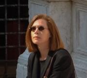 Jennifer 4 outside Santa Maria dei Miracoli, Venice (profile pic)